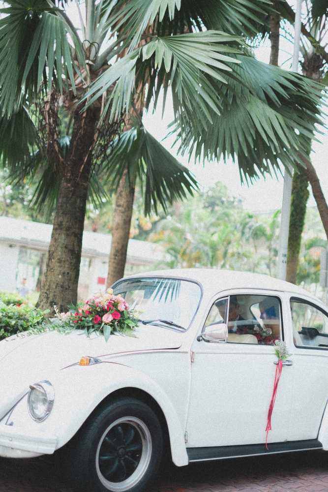 vintage-inspired wedding