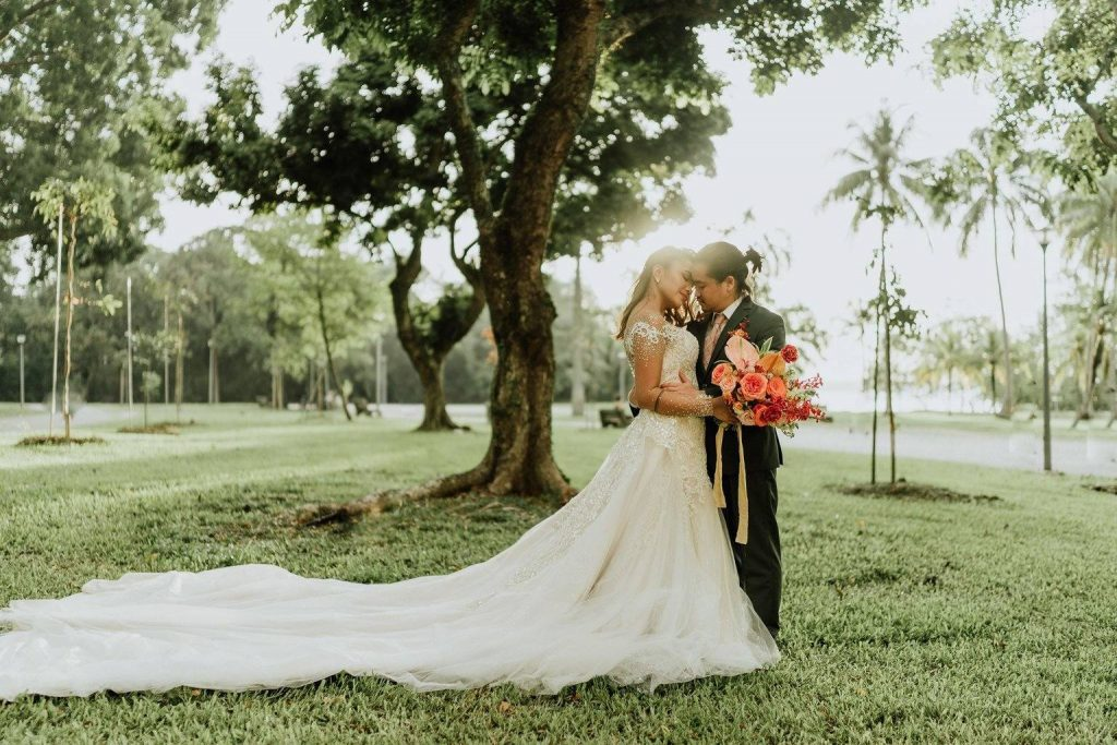 tropical wedding gns